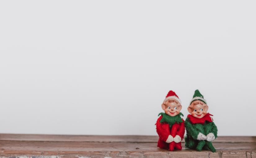 Weihnachten Bürourlaub Lektorat Werbelektorat Text Christian Wöllecke Zwei Weihnachtsfiguren